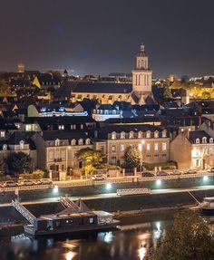 C'est beau, Angers, la nuit... ✨  Côté Doutre, Quai des Carmes.