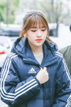 Kpop Girl Groups, Kpop Girls, Japanese Names, Yu Jin, Japanese Girl Group, Kim Min, K Idol, Starship Entertainment, Down Coat
