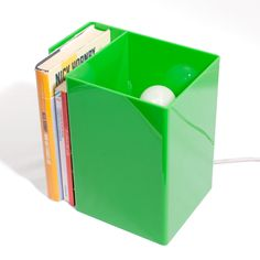 #Green #Verde #Lampada Booklight #design #designtrasparente #light #lamps #madeinitaly #bookshelf #bookcase #lampada #libreria #plexiglass #plexiglas
