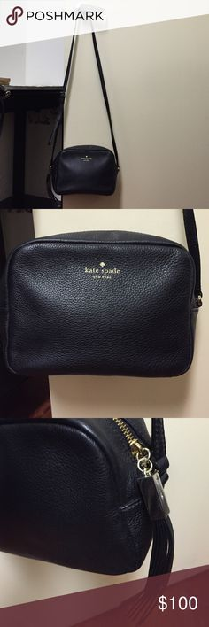 Kate Spade cross over body bag in great condition! Selling the Kate spade adjustable cross body leather bag condition like new ! Big enough to hold a few things such as keys, wallet, lipstick, cell phone etcs! kate spade Bags Crossbody Bags