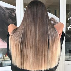 Honey Blonde Hair, Blonde Hair Looks, Blonde Hair With Highlights, Brunette Hair, Balayage Hair Blonde, Balayage Straight Hair, Bronde Hair, Gorgeous Hair Color, Ombre Hair Color