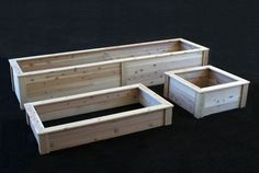 Raised beds & planters in an amazing array of sizes & shapes: Naturalyards.com