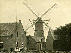 De enige molen van Roermond wordt officieel voor bezichtiging geopend op 22-04-2012! (de foto is van voor 1929)