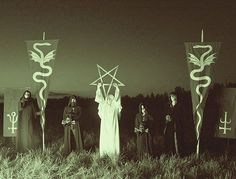 One of the most strangest Black Metal bands...  #Hetroertzen #Chilean #Chileanblackmetal #blackmetal #metal #chilea