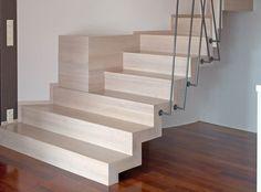 Schody dywanowe jasne bez wylewki Natural Materials, Minimalism, Stairs, Pure Products, Home Decor, Stairways, Stairway, Decoration Home, Room Decor