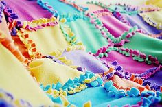 tie blanket, in a different way.. cool!