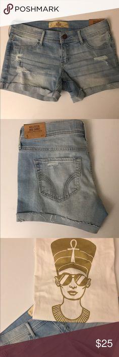 "Light Denim Midi Short Light denim midi short. 4"" inseam w27. Hollister Shorts Jean Shorts"