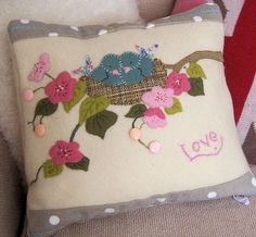 free embroidery pattern this appliqué was based on