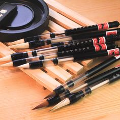 A set of 3 for a a reusable for the for goods for Calligraphy Pens, Chinese Calligraphy, Pen And Watercolor, Watercolor Brushes, School Pens, Brush Pen, Art Brush, Pen Brands, Pencil Writing
