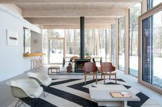 A Beach House for a Modern Family - The New York Times Home Planner, Glass House, Modern Family, Vintage Wood, Small Living, Home Interior Design, My House, Beach House, Family Room