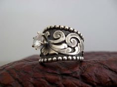 Custom made western wedding rings by Travis Stringer. exactly what kind of ring i want! Western Wedding Rings, Western Rings, Custom Wedding Rings, Western Jewelry, Wedding Rings For Women, Wedding Jewelry, Beautiful Wedding Rings, Wedding Unique, Wedding Tips