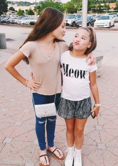 Shopping with Maddie~Mackenzie