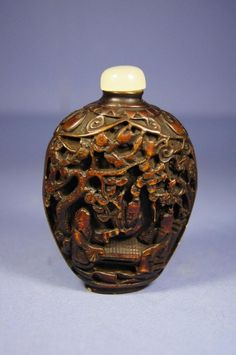 Chinese antique wooden carved snuff bottle