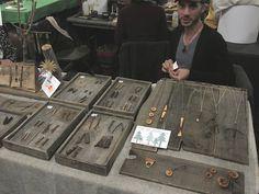 Very organic wooden displays :)