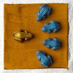 Black Dinah Chocolatiers 24 Chocolate Frogletiers Multiple Colors | eBay