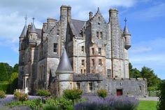 Blarney Castle and Gardens, Ireland Castles In Ireland, Great Places, Barcelona Cathedral, Gardens, Building, Travel, Viajes, Outdoor Gardens, Buildings