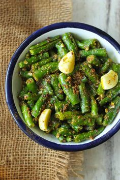 Instant green chilli pickle is super quick and simple to prepare. Find how to make best instant green chilli pickle in few simple steps. Chilli Pickle Recipe, Indian Pickle Recipe, Green Chilli Pickle, Chilli Recipes, Chutney Recipes, Pickles Recipe, Relish Recipes, Homemade Pickles, Salad Recipes
