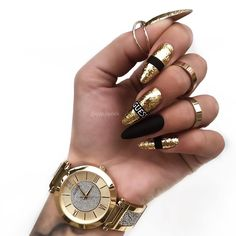 Trendy Nail Art Designs For Long Nails 2020 : Trendy Nail Art Designs For Long Nails Summer nails Nail Art Designs, Winter Nail Designs, Nail Polish Designs, Design Art, White Acrylic Nails, Gold Nails, Winter Nails, Summer Nails, Moda Blog