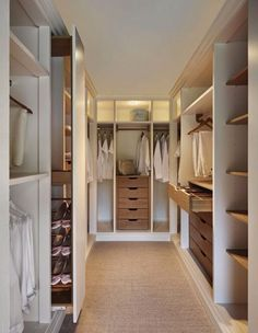 Walk in closet (3)