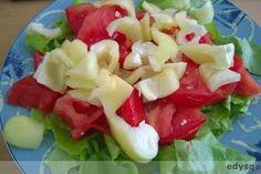 Dzień 1: - 10 dużych ogórków gruntowych, - 1 żółta papryka, sałata, 1 duży pomidor, - 750 ml koktajlu (jabłko, kilka truskawek i jagód, woda), - 3 maleńkie