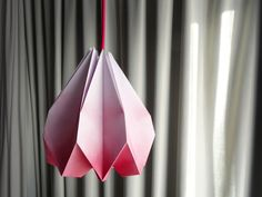 DIY How to folding paper lamp Geometric Origami, Diy Origami, Origami Lights, Paper Lampshade, Paper Engineering, Paper Light, Paper Doilies, General Crafts, Paper Folding