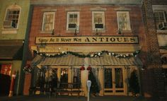 Same as it Never Was Antiques - Ghost Whisperer. Would be fun to own a store like this : ) Melinda Gordon, Jennifer Love Hewitt, Ghost Whisperer Style, Mystery, Fantasy Tv, The Avengers, Antique Stores, Divergent, Best Shows Ever