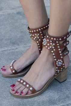 Isabel Marant studded sandals #love #stylingchaos
