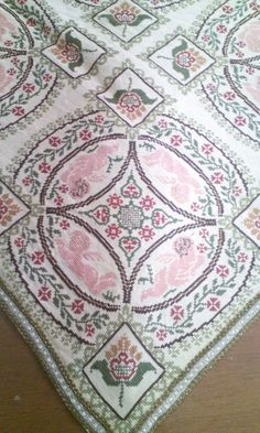 Cross Stitch Flowers, Cross Stitch Embroidery, Bohemian Rug, Diy And Crafts, Sewing Patterns, Weaving, Rugs, Cool Stuff, Knitting