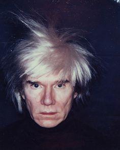 미국 현대미술가 앤디워홀 -[Andy Warhol, 1928. 8. 6 ~ 1987. 2. 22]     미국 팝아트의 선구자. '팝의 교황', '팝의 디바'로 불린다. 대중미술과 순수미술의 경계를 무너뜨리고 미술뿐만 아니라 영화, 광고, 디자인 등 시각예술 전반에서 혁명적인 변화를 주도하였다. 살아있는 동안 이미 전설이었으며 현대미술의 대표적인 아이콘으로 통한다 .