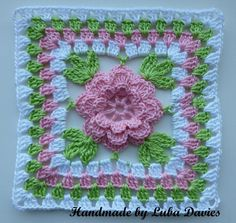 granny square crochet pattern | Flower in granny square by Luba Davies | Crocheting Ideas