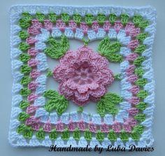 granny square crochet pattern | Flower in granny square by Luba Davies | Crocheting Ideas