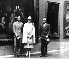 duke of windsor's brothers   George and his brother Prince of Wales :