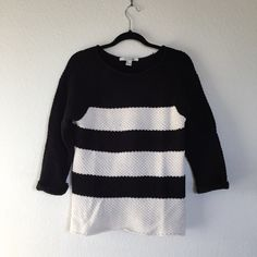 """Forever 21 3/4 sleeve knit sweater This item has been used. Good condition. Black and cream stripe detail. classic fit. 60% cotton, 40% acrylic. Approx 26"""" long, 18"""" wide (pit to pit) no trades or paypal Forever 21 Sweaters Crew & Scoop Necks"""