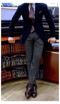 Business Casual Men, Men Casual, Business Suits Men, Blazer Outfits Men, Navy Blazer Men, Traje Casual, Gentleman Style, Dapper Gentleman, Modern Gentleman