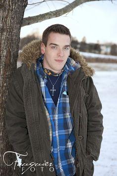Fauquier Fotos | Warrenton, VA | Posts/High School Senior Portaits/Senior Boy Pose/Snow with fur hooded coat/
