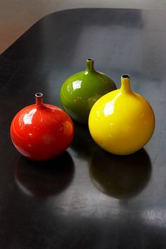 GEORGES JOUVE CERAMIC, CA 1950 - Vases in green, red and yellow glazed ceramic