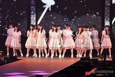 乃木坂46白石麻衣ら、ランウェイで放った存在感 「GirlsAward」3万4千人魅了 の写真 - モデルプレス