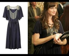 Creator/Designer:Hanii Y Item:Beaded Lace Detail Dress