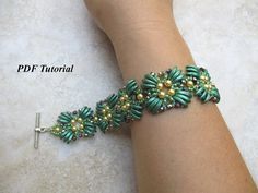 Beaded Bracelet, Crescent Beads Pattern, Beading Tutorial, DIY Bracelet, Bead Tutorial, Beadwork Pattern, PDF Pattern, Zeta Bracelet This PDF beading tutorial includes instructions for a lovely beaded bracelet. You can use the colors I did or you can use your own color combination.
