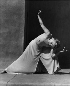 Imogen Cunningham - La Danseuse Hanya Holm, 1936