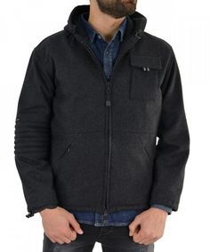 7ee169046b61 Ανδρικό μαύρο μπουφάν με κουκούλα CC190117  χειμωνιατικαμπουφαναντρικα   εκπτωσεις  προσφορες  menjacket Hooded Jacket