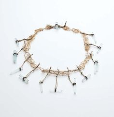 Iris Bodemer – Ingredients_Neckpiece 2008  Gold 750, aquamarine, string