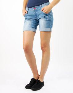 #Shorts Double Agent #Denim #Jeans Botón Rosa por 13€ en www.doubleagent.es #moda #fashion #ropa