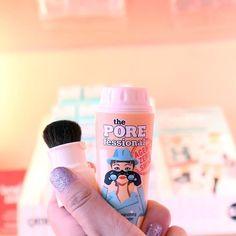 Toss #agentzeroshine in your bag to banish summertime oil on the go! #benefitbeauty