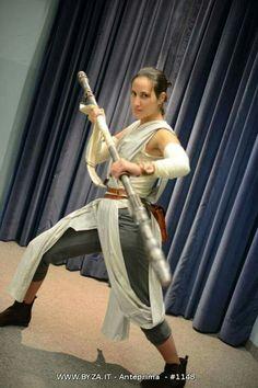 Rey cosplay Star Wars