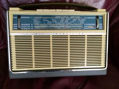 1962 PHILIPS Portable Radio. AM LW 2xSW tone control, scale light, tuning/battery meter. Petrol scale. Solid chromed swing-up SW window antenna (Coll)