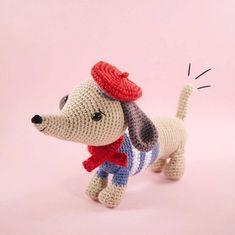 Manu the dachshund by Little Aqua Girl - Zoomigurumi 6 - Amigurumipatterns.net