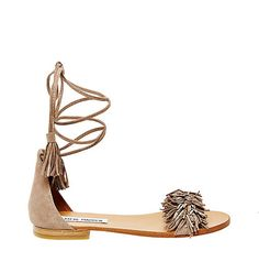 930d6ed8286 The Affordable Sandals To Pre-Order While You Still Can - Wheretoget Flat  Sandals