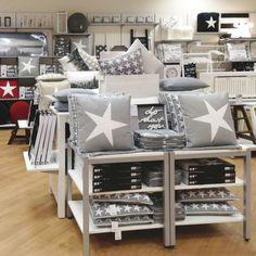 STAR-tyynyjä Kuopion myymälässä.