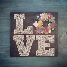 SOCIAL MEDIA Thank you for visiting my shop, Jillybean Strings! Check out my facebook page at https://www.facebook.com/jillybeanstrings/ or instagram at http://www.instagram.com/jillybeanstrings ITEM DESCRIPTION This piece is wooden string art sign of the word LOVE with the L, V,